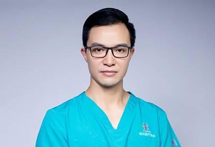 杜亚旭医生