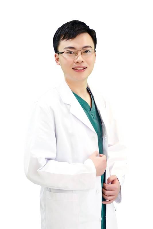 王宁博医生